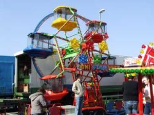 mini ferris wheel hire